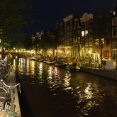 canal-amsterdam-night