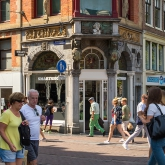 smartshop-leidsestraat-passers-people