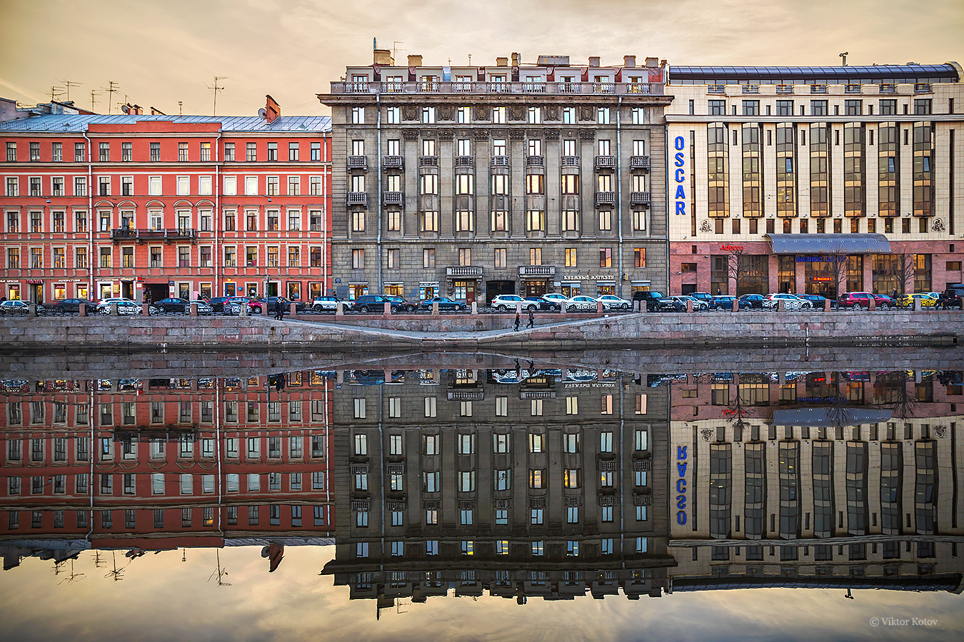 fontanka-river-reflection-saint-petersburg4