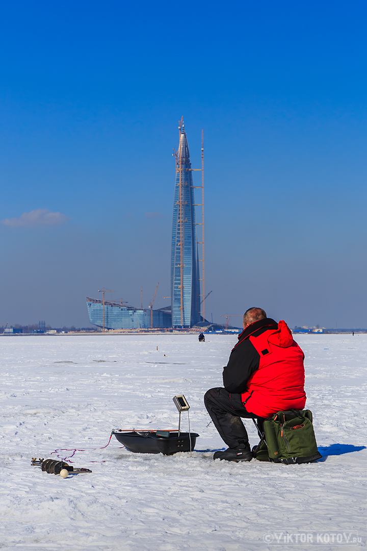 ice-fisherman-saint-petersburg-lakhta-center