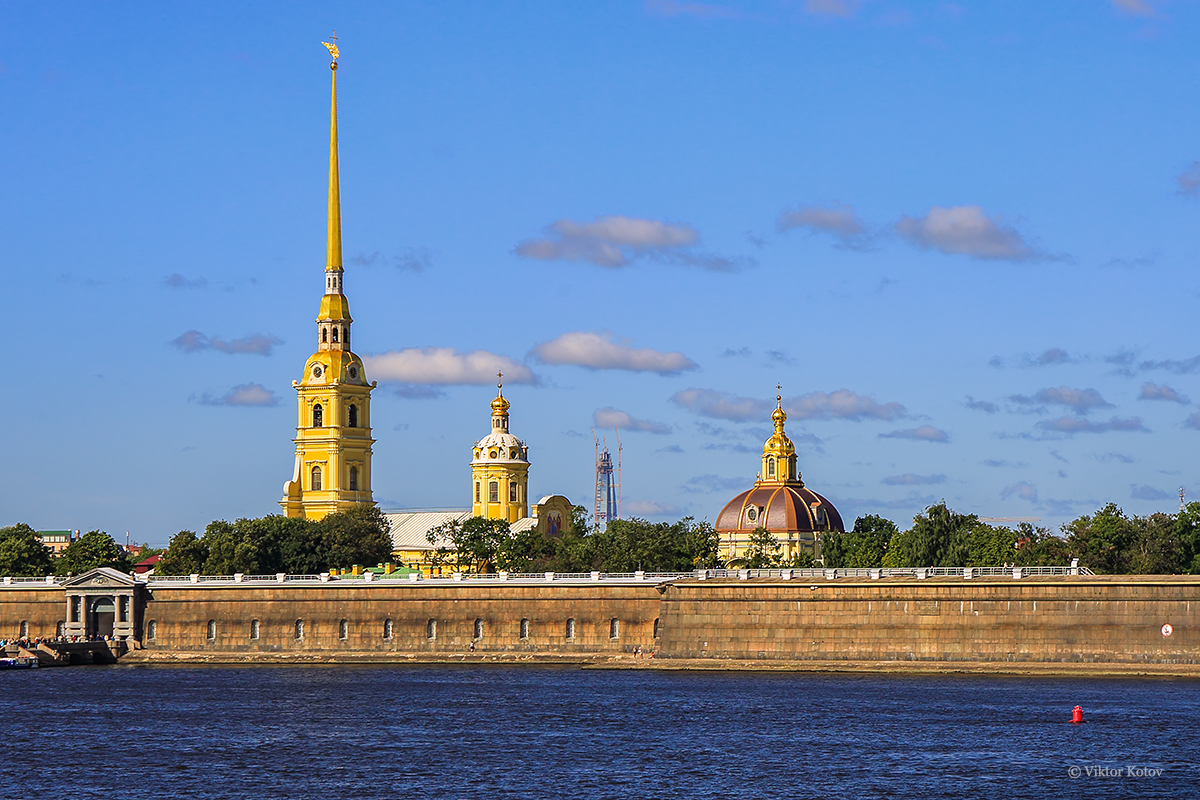 lakhta-center-tower-peter-and-paul-fortress