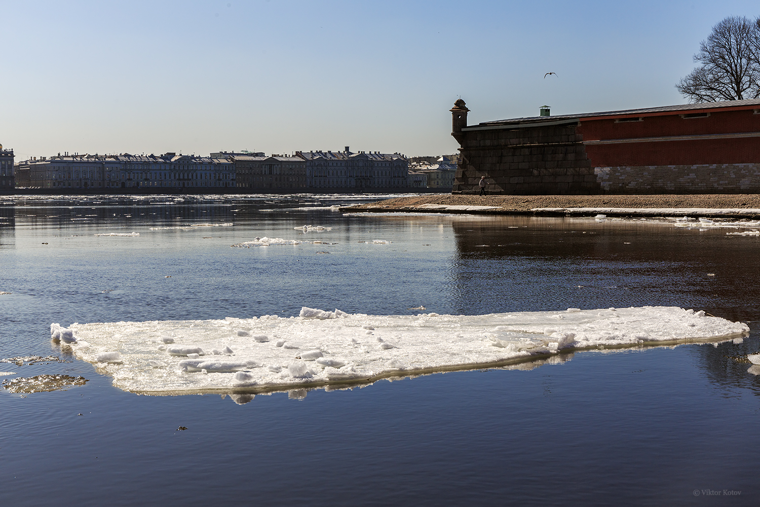 peter-paul-fortress-spring-ice-neva-river2