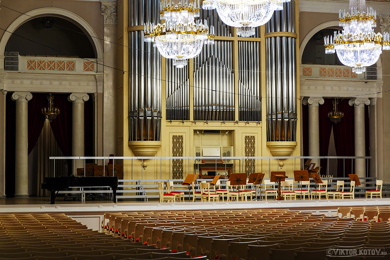 saint-petersburg-philharmonia2