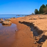 ladoga-beach-right