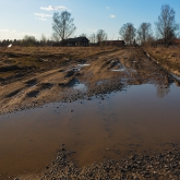 countryside-dirt-puddles